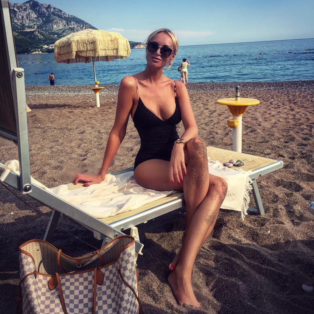 Мария Ещенко на пляже