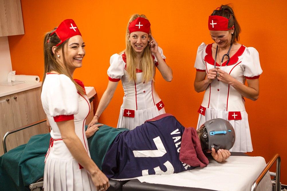 Доротея Вирер в образе медсестры