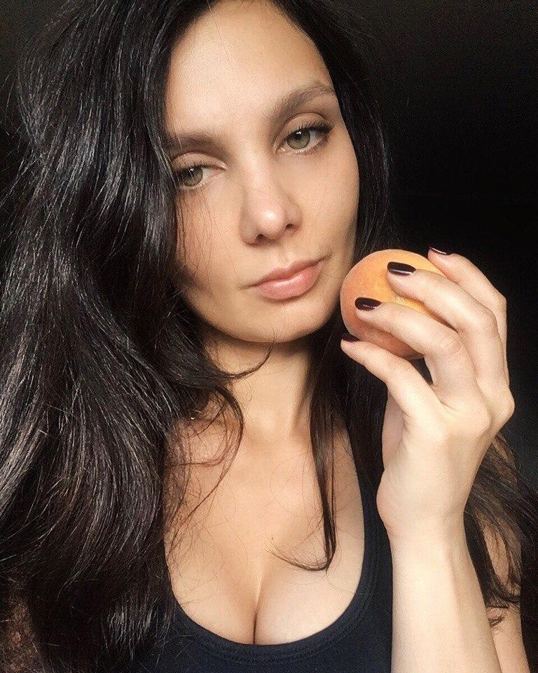 Соня Гудим сиськи