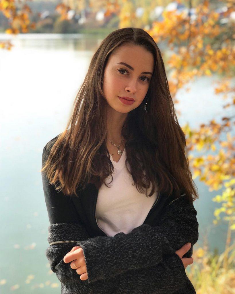 Арина Жаворонкова синхронистка