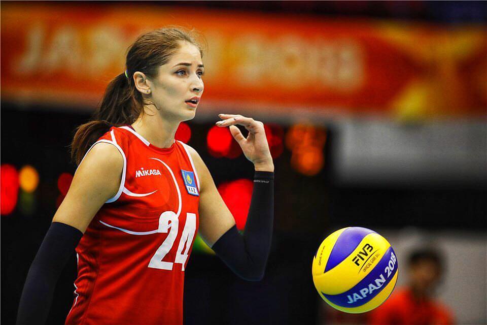 Волейболистка Карапетян